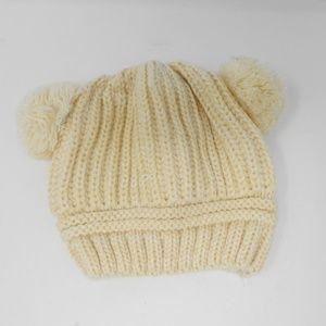 Baby Bear Knit Cream Hat NWOT